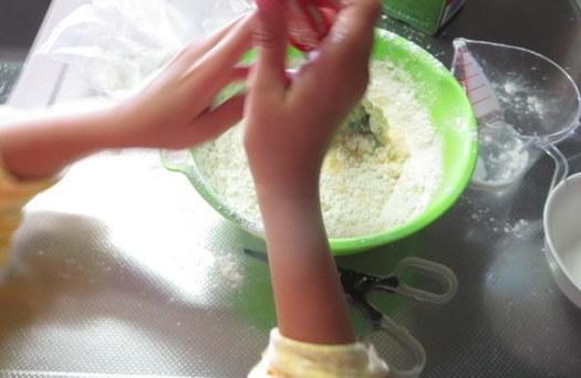 成長応援ホットケーキを子供と一緒に作ってみる