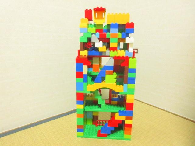 小学校一年生 レゴデュプロ作品 塔