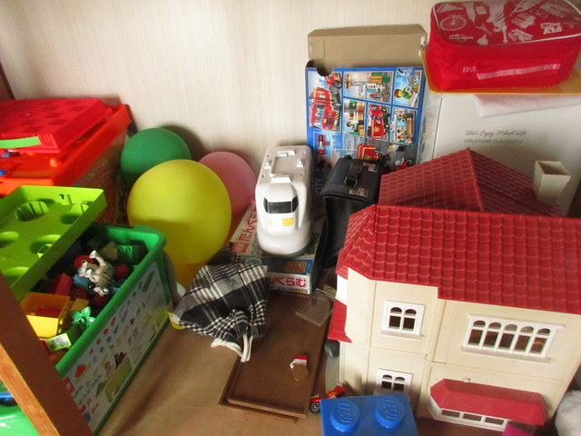 家にある使わないおもちゃたち