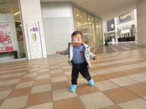 1歳でできること 歩く